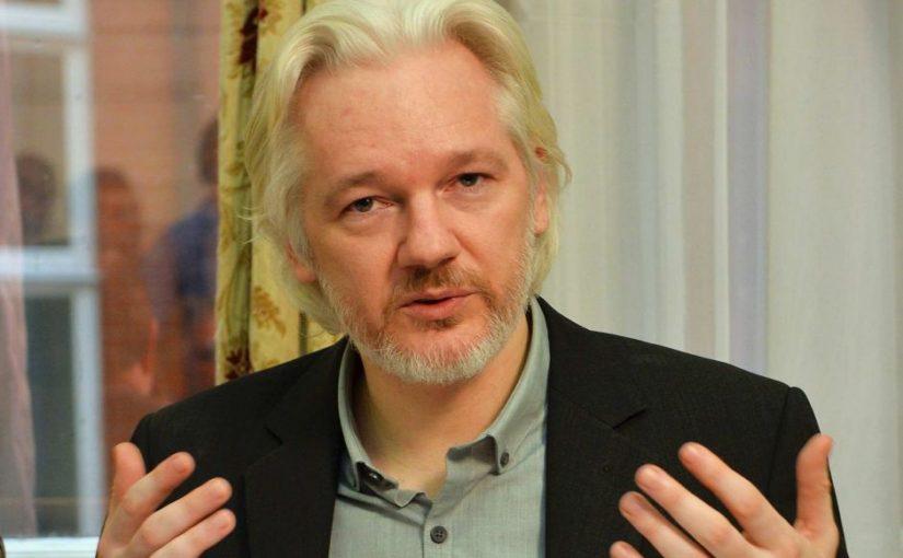 Les Chiens de garde #17 – la campagne médiatique anti-Assange, le CRTC contre la loi 74 et les relations CST-GCHQ